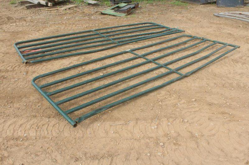 (2) 12FT DURA BUILT TUBE GATES