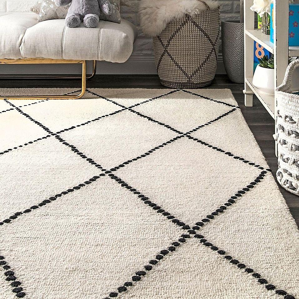 Nuloom Elvia Area Rug Bed Bath Beyond Black Area Rugs Rugs On Carpet Ivory Rug