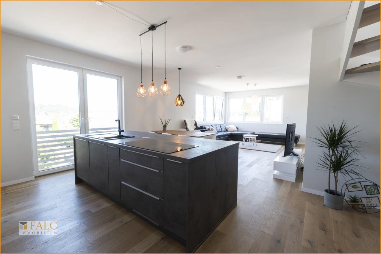 Außergewöhnliche Penthouse-Maisonette-Wohnung in ruhiger Wohnlage