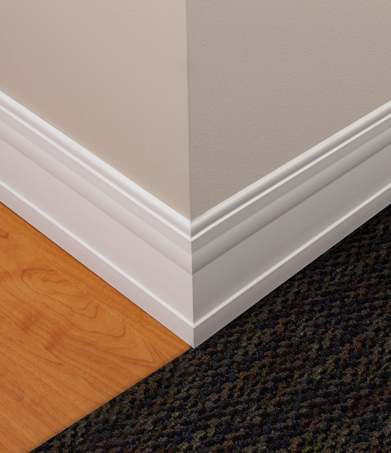 Gorgeous Baseboards Styles Corner Crown Molding Designs Rug And