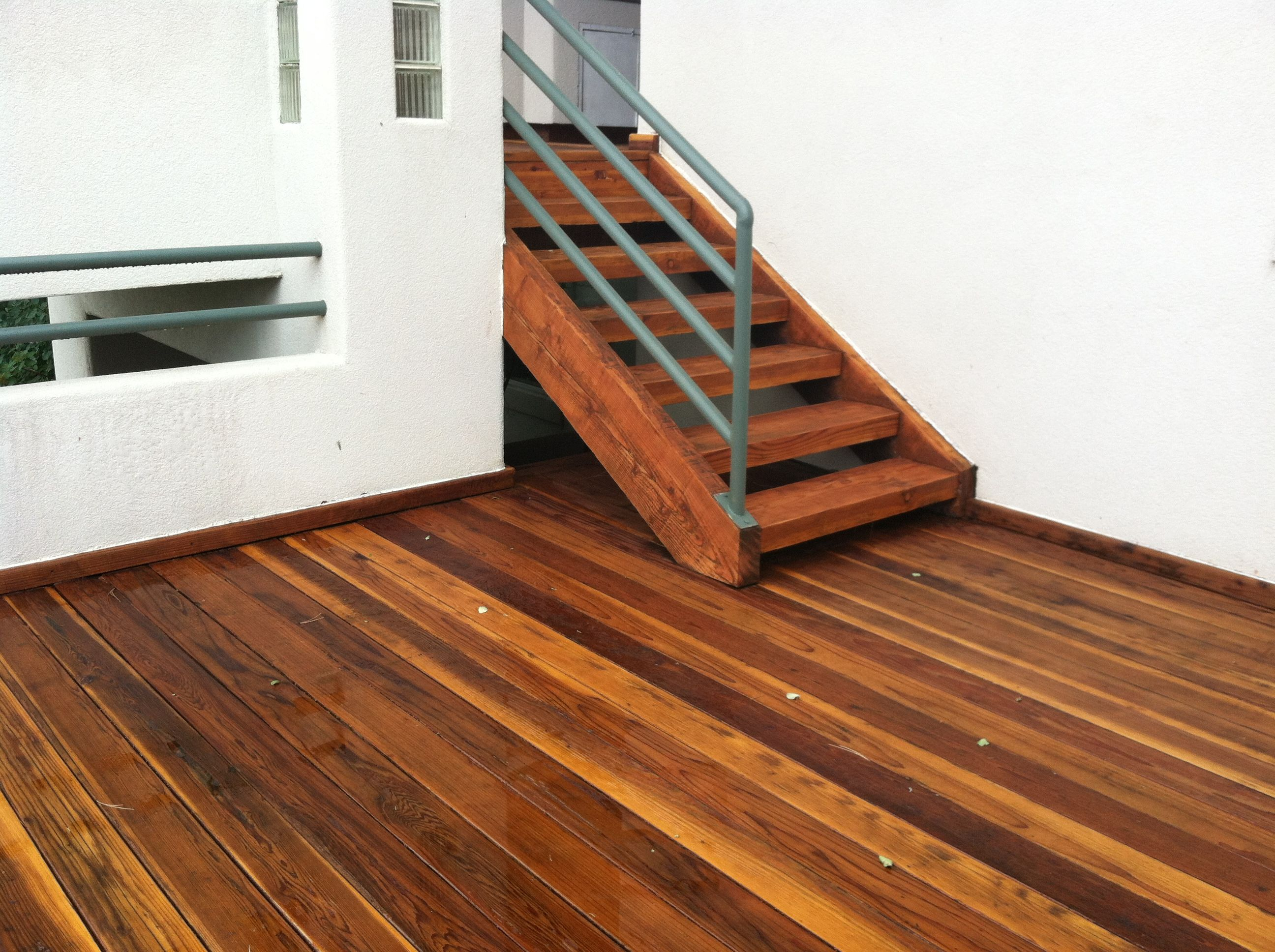 Cabot S Australian Timber Oil Deck Stain In Natural After A Rain Storm