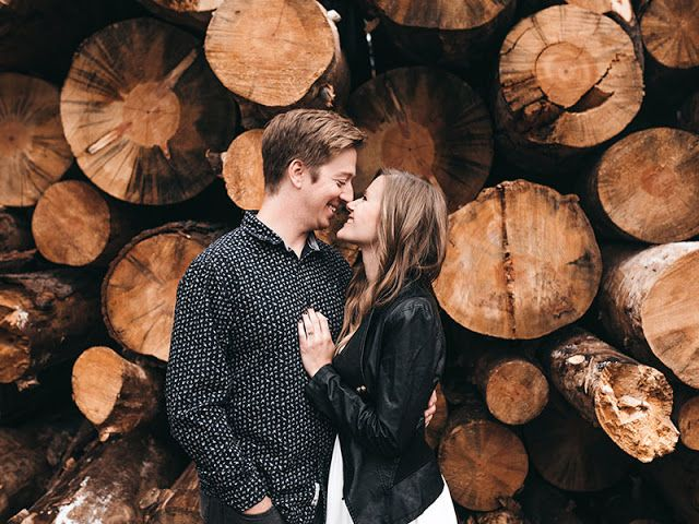"Chivalry Is Not Dead 5 Keys to Dating with Respect        ""Chivalry is dead."" It's a phrase that many women cry out in frustration as they r... #chivalryquotes"