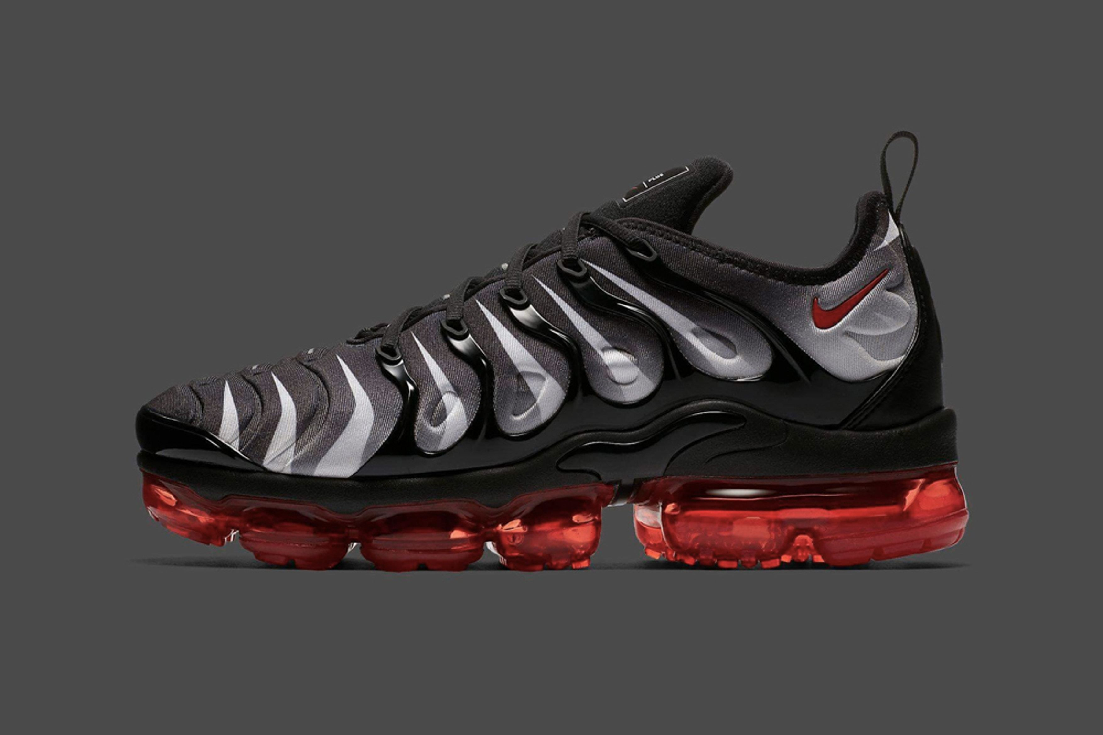2018 Nike Air Vapormax Plus Mens Sneakers Red Shark Tooth