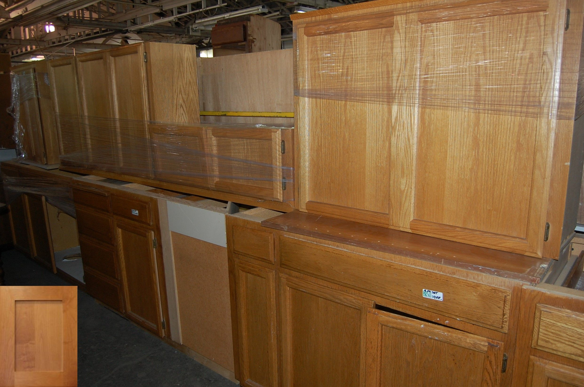 Ways To Update Old Kitchen Cabinets And Diy Kitchen Cupboards In South Africa Awesome Diy Kitchen Cupboards Diy Kitchen Cabinets Kitchen Cabinets