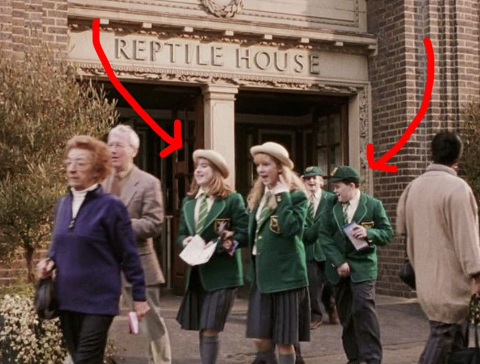 19 Details From The Harry Potter Movies That Ll Make You Say How Did I Not Notice That Harry Potter Film Harry Potter World Slytherin