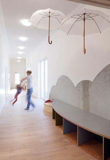 Kita regenschirm nach dem umbau kita kita for Raumgestaltung innenarchitektur ausbildung