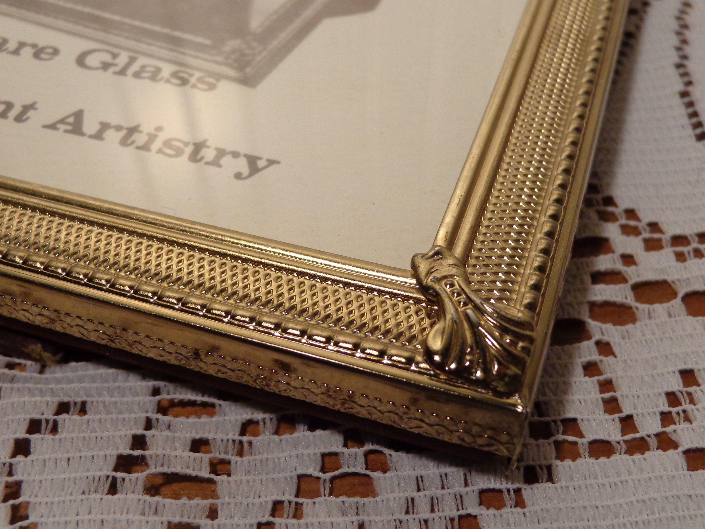 Vintage Gold Picture Frame 8 X 10 Photo Frame 19 025 Gold Picture Frames Photo Frame Metal Picture Frames
