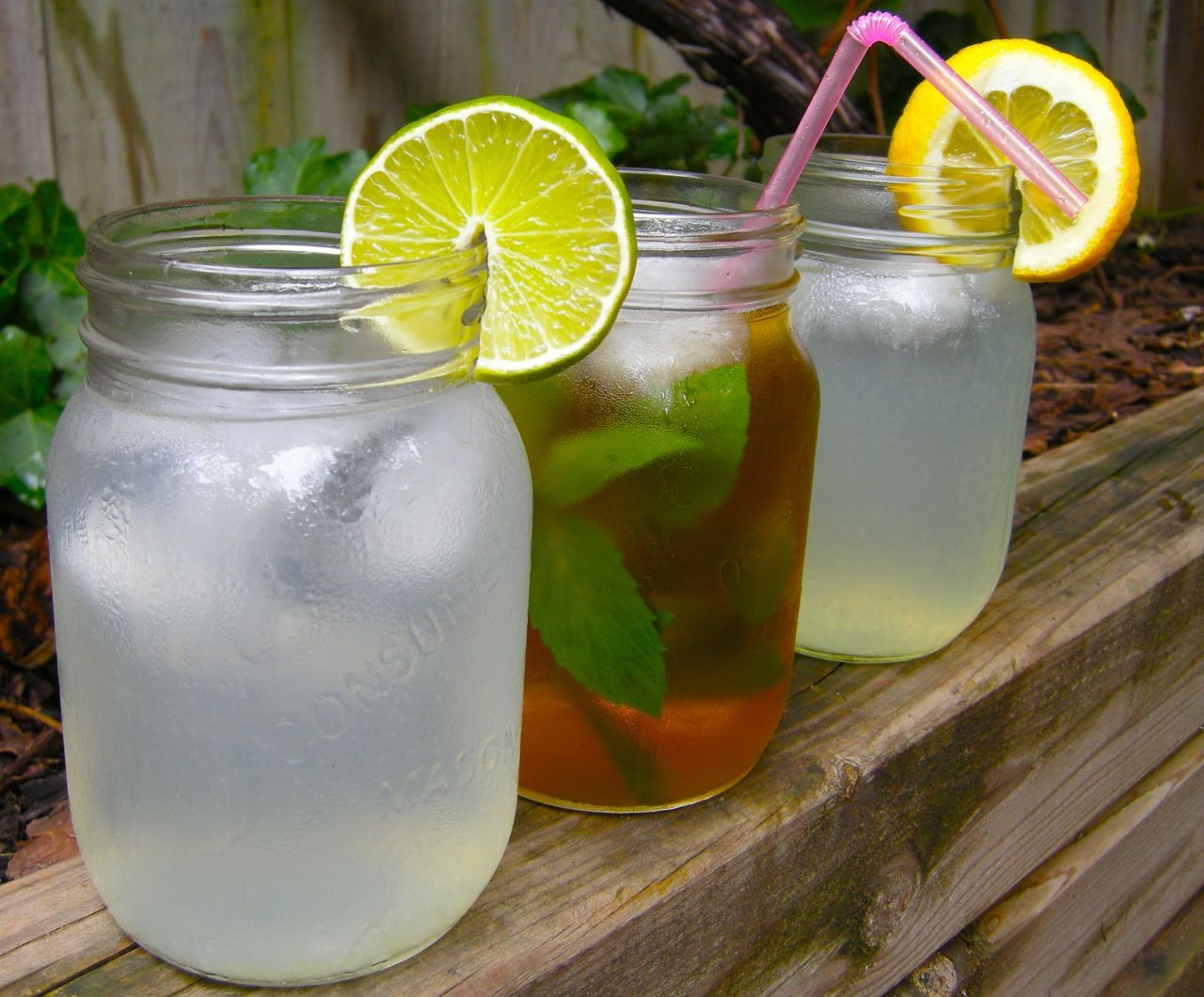 Image gallery refreshing drinks for Refreshing alcoholic drink recipes