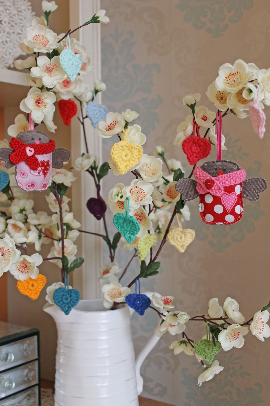 cupcakejojo: Hearts & Flowers Bunting Ta-da!!! ♥