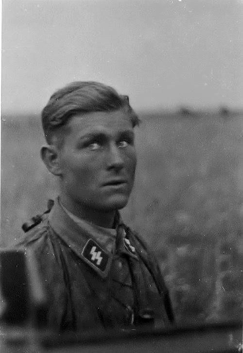 Ritterkreuzträger Werner Wolff at Kursk 1943 ...