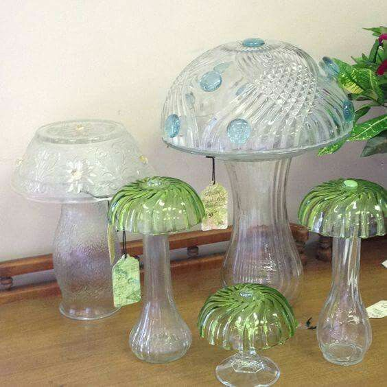 Glass mushrooms love these made from old bowls and plates for Craft ideas for old dishes