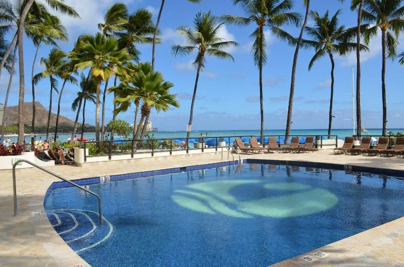 Outrigger Reef Waikiki Beach Resort Swimming Pool Hawaii