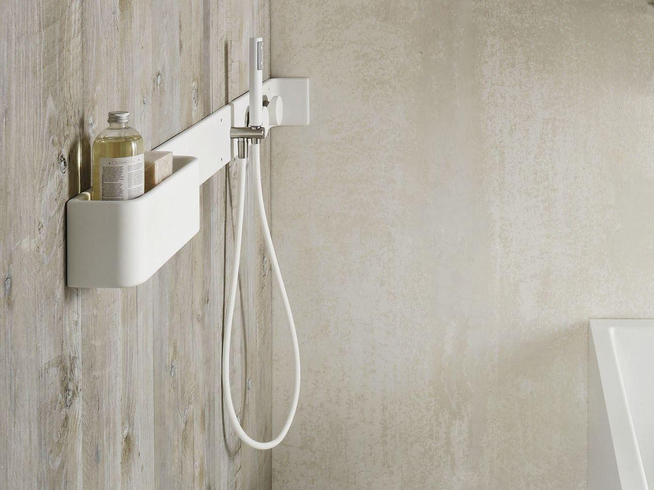 Étagère mural pour salle de bain / Robinet pour douche en Corian ...