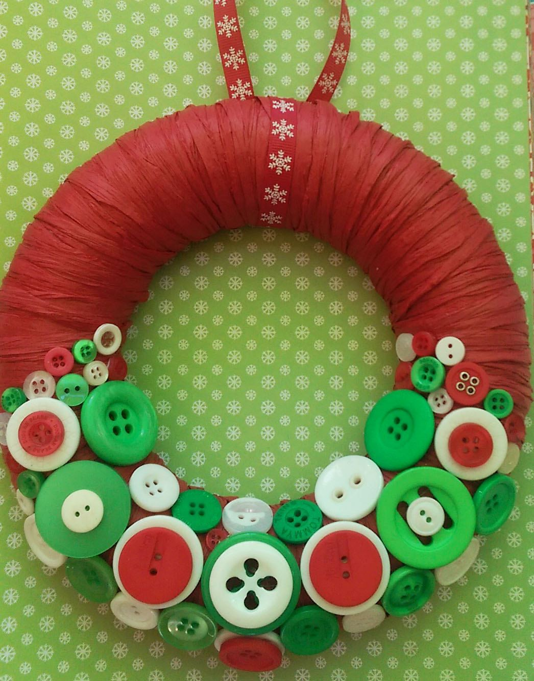 Christmas button wreath by on Etsy