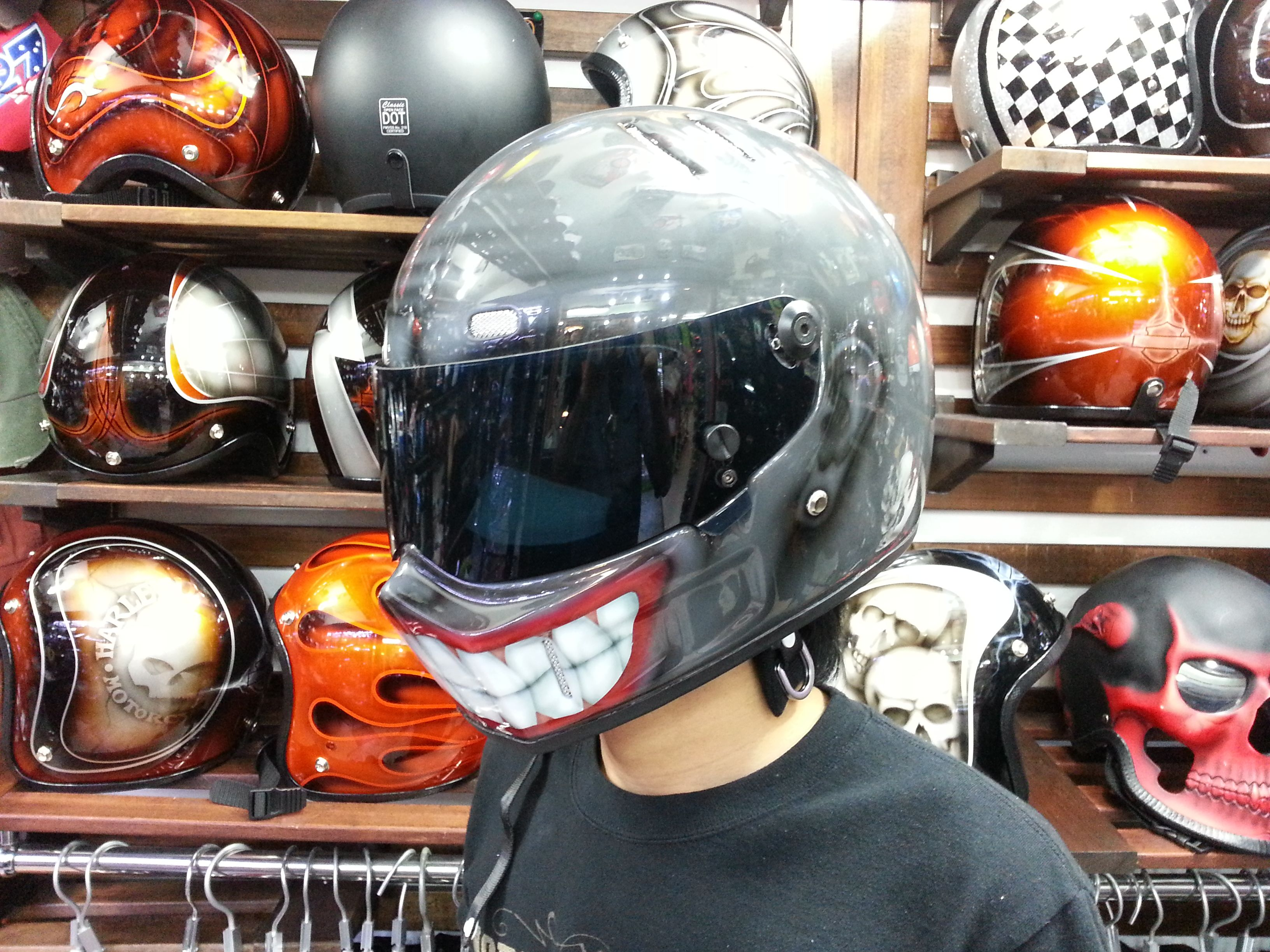 Black Smiley Riders Dna Custom Paint Helmet Custom Helmets Helmet Paint Full Face Helmets
