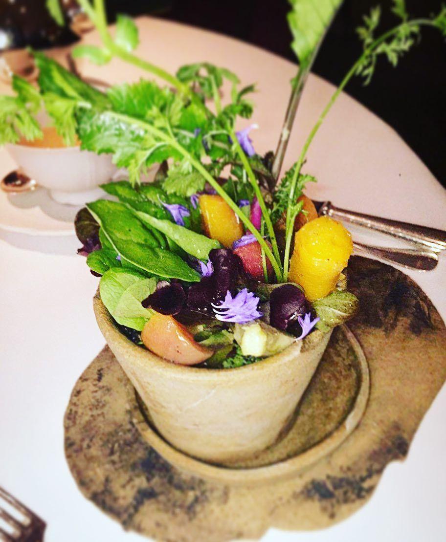 Digging 😋into my garden on a plate in Mandarin Oriental Hotel Hong Kong 🌲🌳🌴🌺🌷💐 @mo_hotels @mo_hkg - - - -