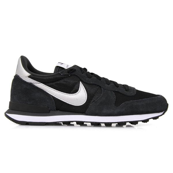 Sepatu Casual Nike Internationalist 631754 003 Merupakan Sepatu Yang Ringan Dengan Design Yang Ramping Ini Memiliki Outsole Grip Yang N Sepatu Sepatu Nike Nike