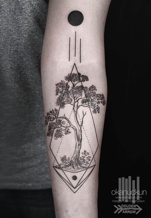 #tattoofriday -  Okan Uckun, tatuagens minimalistas e com formas geométricas. Blackwork/linework;