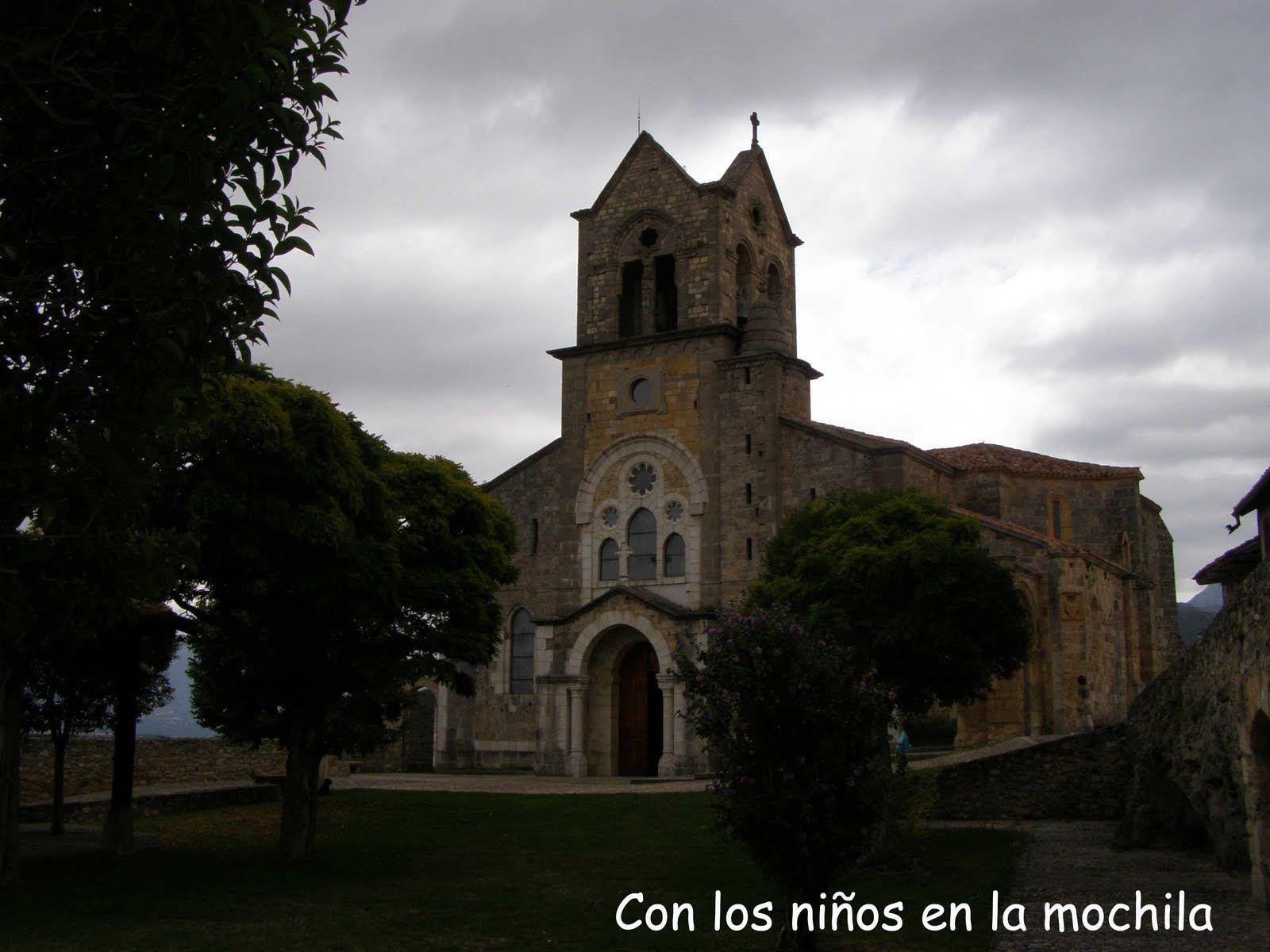 Frías, ciudad medieval. #Frías, en #Burgos, es una preciosa ciudad medieval a orillas del Ebro. #archivobloguero #archivo http://blgs.co/1Y0Esa. #Frías, en #Burgos, es una preciosa ciudad medieval a orillas del Ebro. #archivobloguero#archivo
