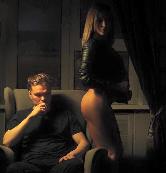 Ally Breelsen Nude Photos 41