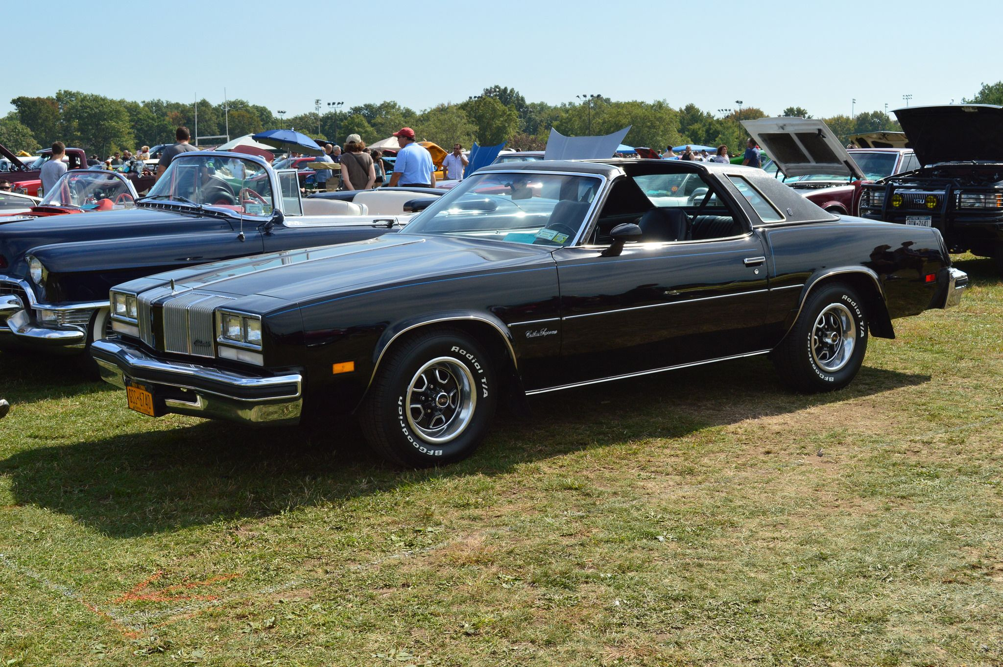 1976 Oldsmobile Cutlass Supreme T-Top