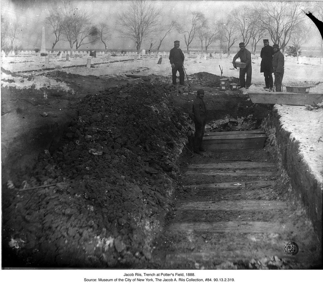 Jacob Riis A Trench At Potter S Field