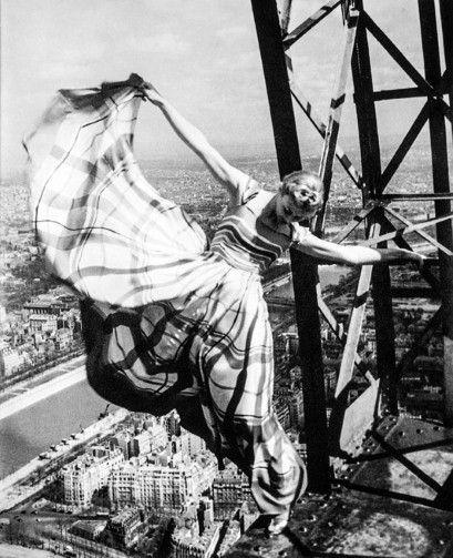 Erwin Blumenfeld, Lisa Fonssagrives on the Eiffel Tower, Paris, 1939. Photo: Blumenfeld Studio.