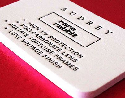 Mit Gmund Cotton jeder Information mehr Gewicht geben. Mit außergewöhnlichen hohen Papiergewichten bis zu 900g/m². Erhältlich bei Papyrus: https://www.papyrus.com/deDE/catalog/c/G_1000_cat3070086/p/prod1800006/Haptische_Papiere/Gmund_Cotton/view.htm