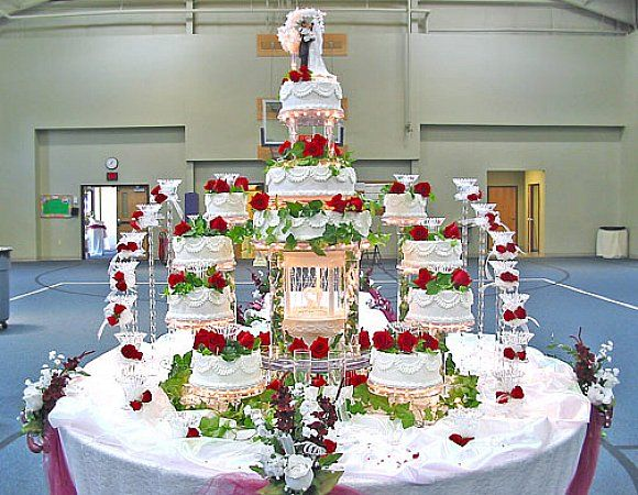 Debut Cake Design With Stairs : Great and Outstanding Wedding Cakes with Fountains ...