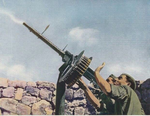 Wwii italian antiaircraft gun breda pin by paolo marzioli wwii italian antiaircraft gun breda pin by paolo marzioli sciox Images