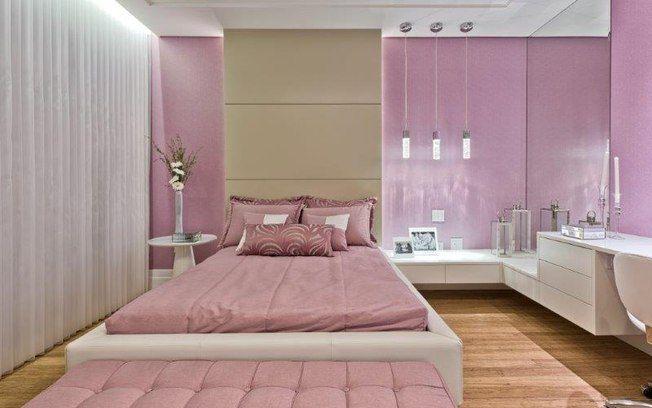 O tom escolhido para o quarto também pode estar presente nos armários, como…