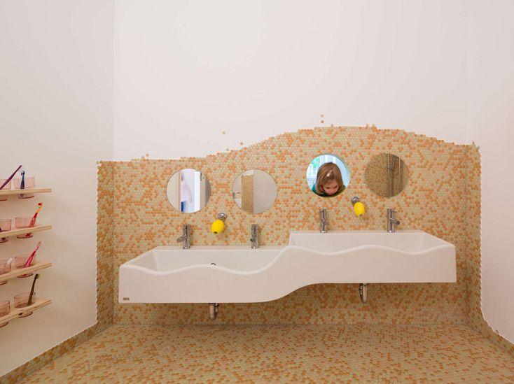 Kita Loftschloss Nach Dem Umbau Children School Toilets