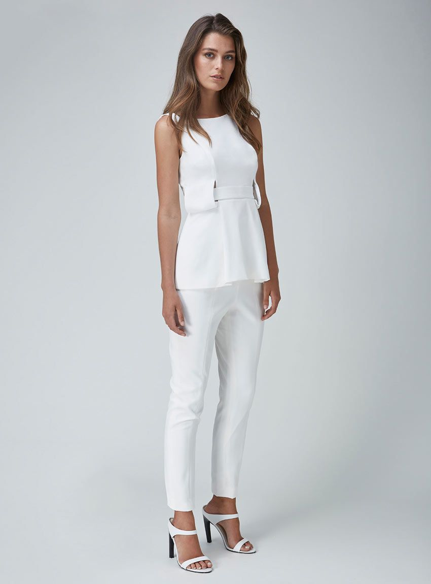 Finders Keepers The Moment Top – White
