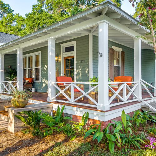 Front Porch Design Ideas, Remodels & Photos | Houzz | ESC Pergolas ...