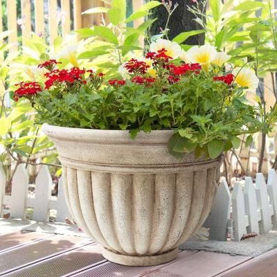 Southern Patio 18 In. W X 12.75 In. H Ceramix Reanna Planter
