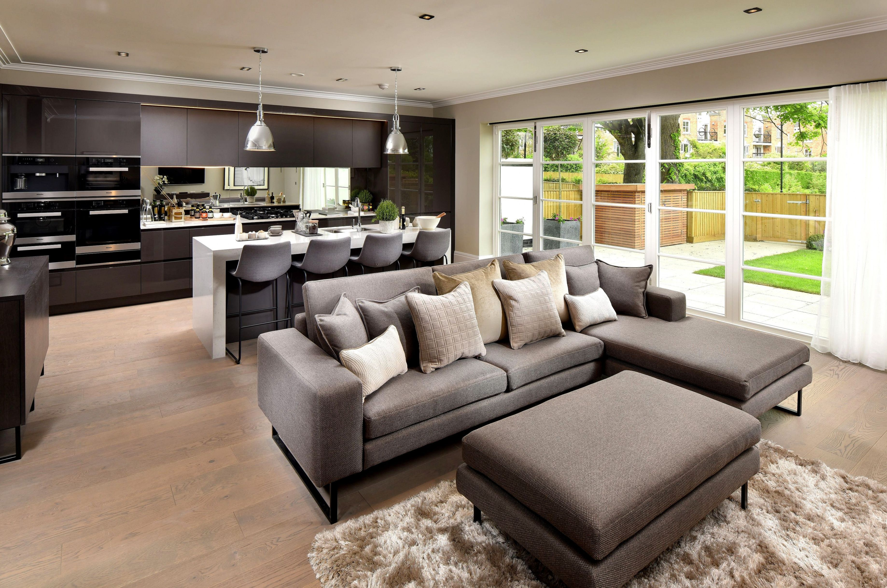 Open Plan Living Is Desirable For New Homes The Large Open Floor Space And Open Plan Kitchen Living Room Open Plan Living Room Living Room And Kitchen Design
