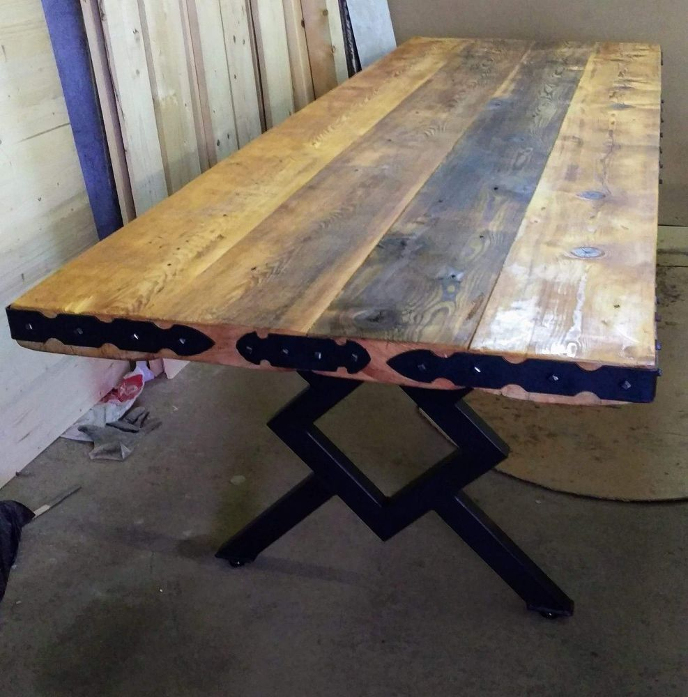 How T Build A Recycled Old Wood Table Old Wood Table Diy Dining