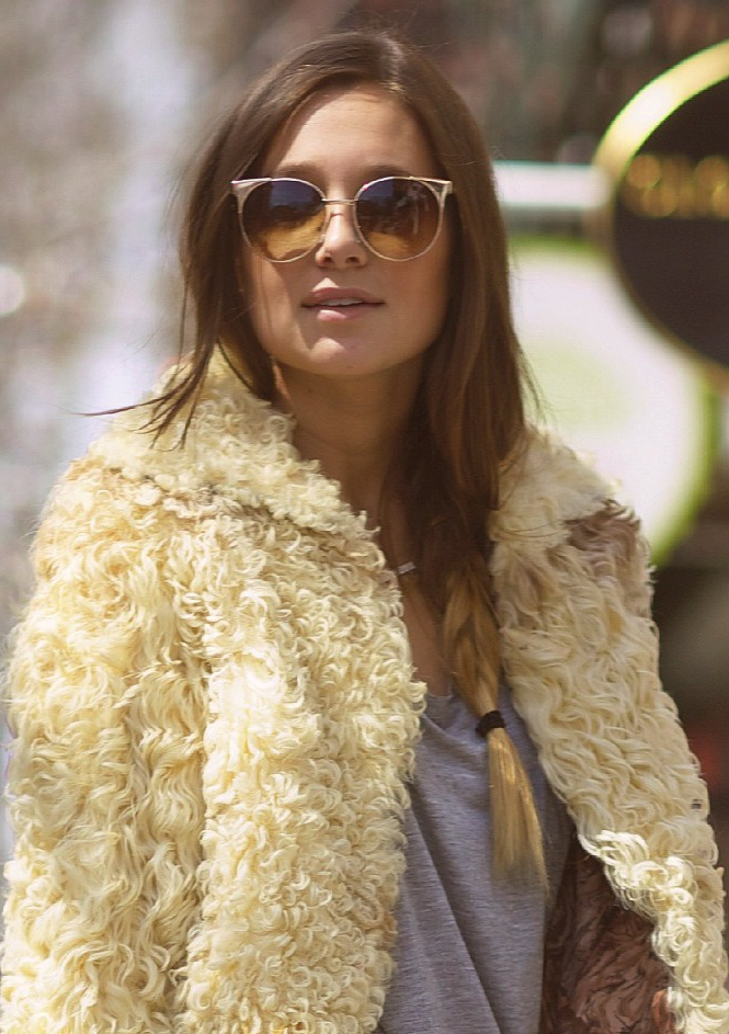 a32ff62bf Blogger Danielle Bernstein of We Wore What on Her Weekend Beauty ...
