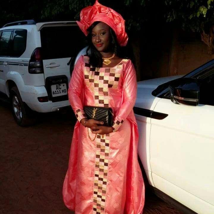 Pingl Par Ms Sur Bazin Robe En Pagne Africain Robe