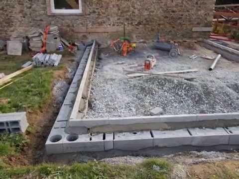 L Gosseux D Bois Ep 86 Des Dalles De Beton En Face Des Portes De L Atelier Youtube Dalle Beton Terrasse Toiture Veranda Amenagement Exterieur