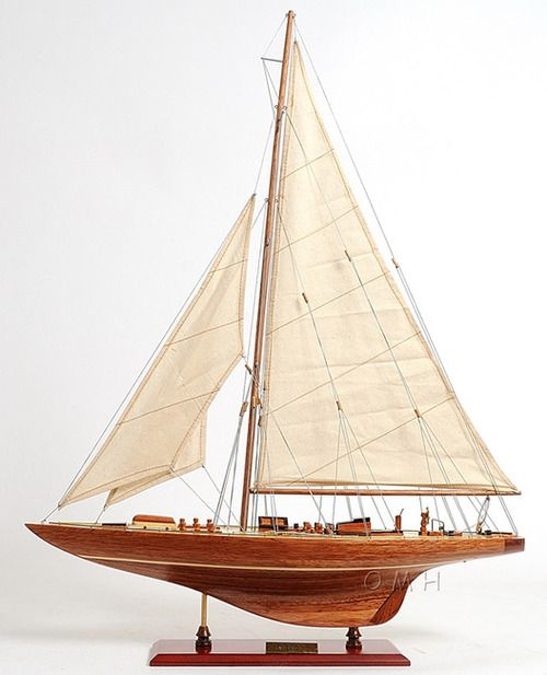 """Endeavour America's Cup Yacht Wood Model Sailboat 24"""""""" UK Challenger"""