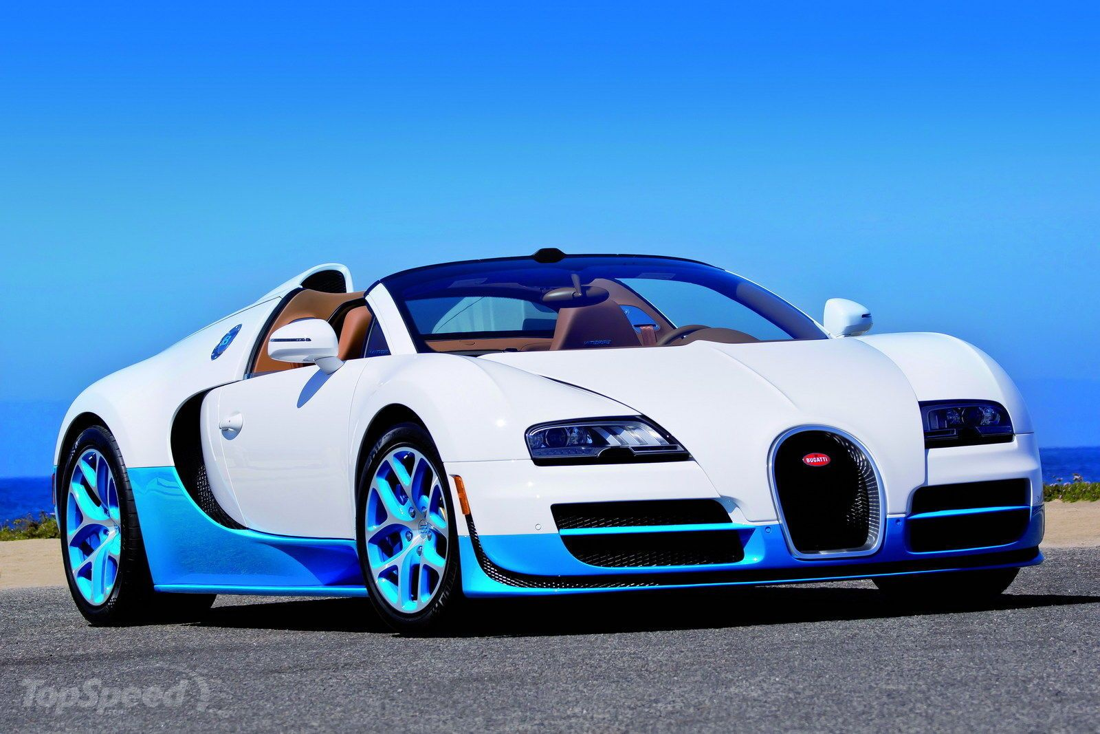 2012 Bugatti Veyron 16 4 Grand Sport Vitesse Bianco And New Light Blue Pictures Photos Wallpapers Top Speed Bugatti Veyron 16 Bugatti Veyron Grand Sport Vitesse Bugatti Veyron