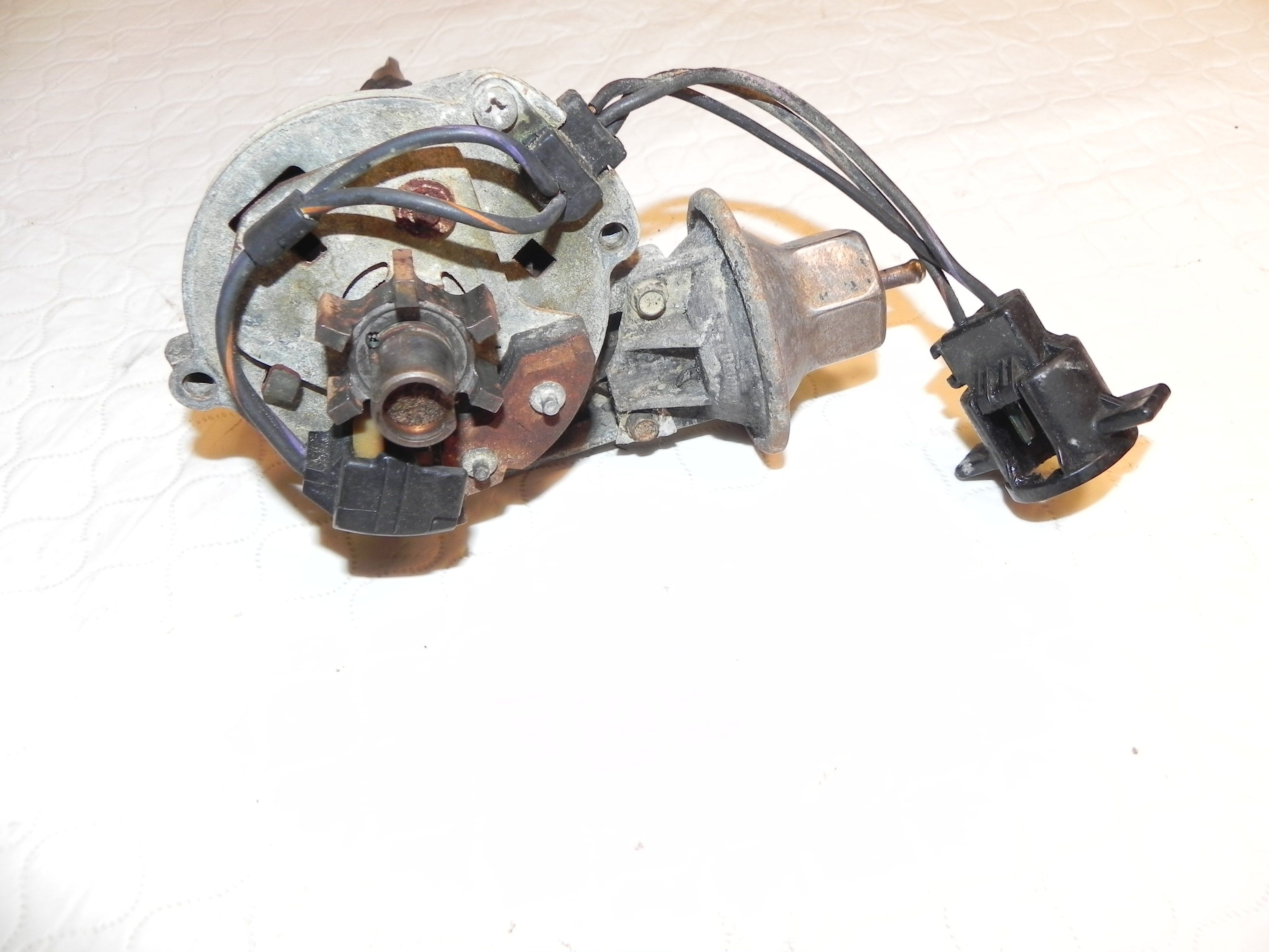 Jeep Wrangler Yj Cj Cherokee 42l 6 Cyl Distributor 84 90 1987 Electrical Wiring Used Factory Original From A Cylinder Motor Donor