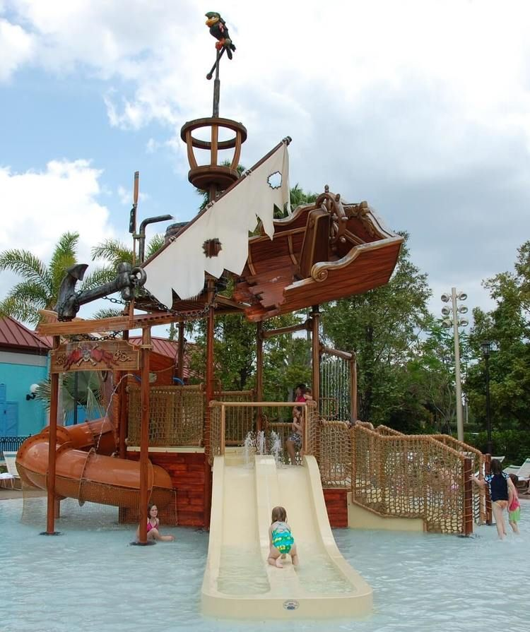Caribbean Beach: Pirate Shipwreck Wet Play Area For Children At Disney's