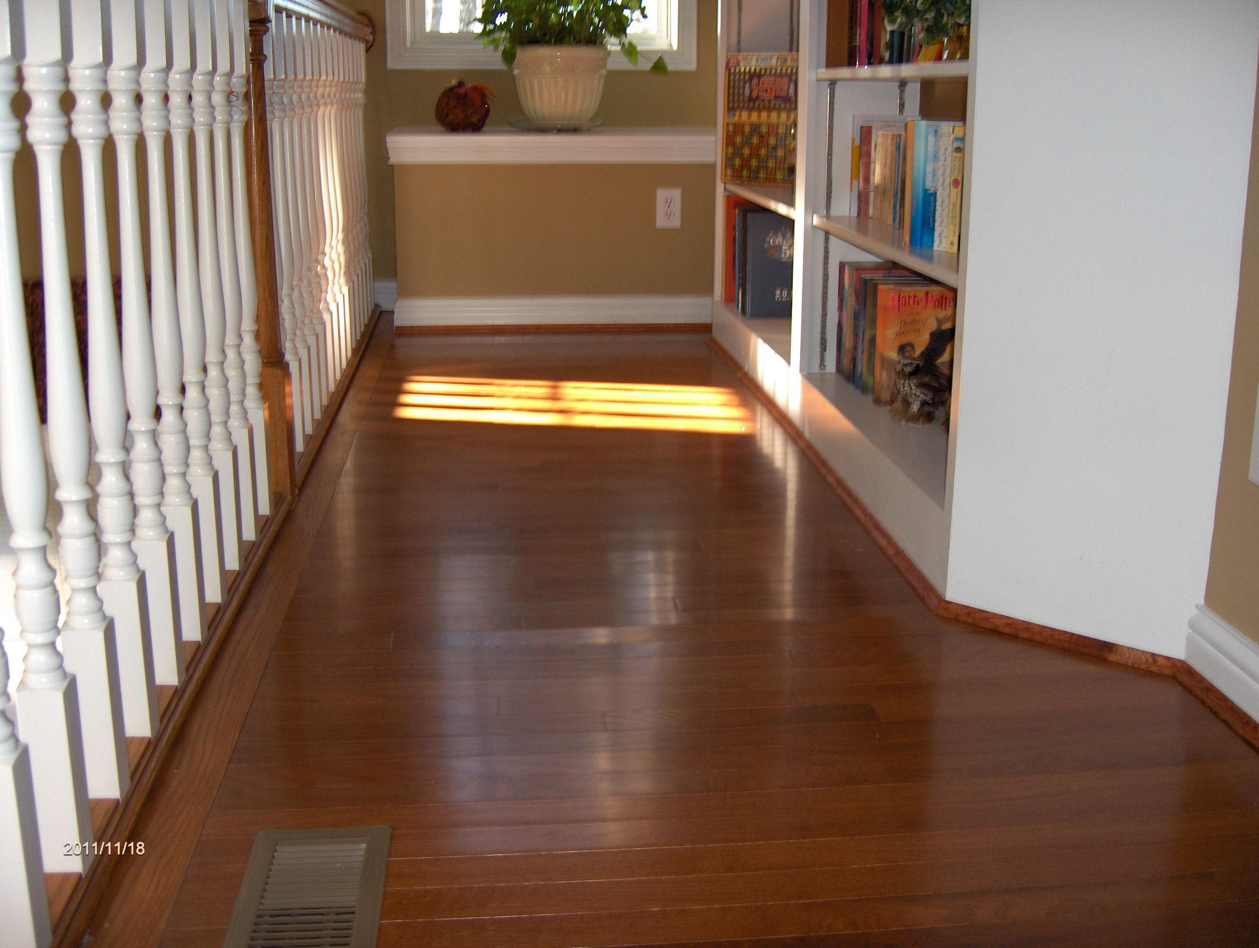 Hardwood flooring cincinnati ohio by somerset hardwood for Hardwood floors upstairs