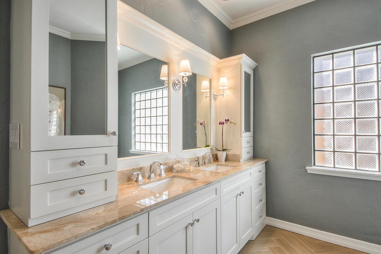 Design My Bathroom Remodel Fascinating White Vanity And Clear Mirrors For Master Bathroom