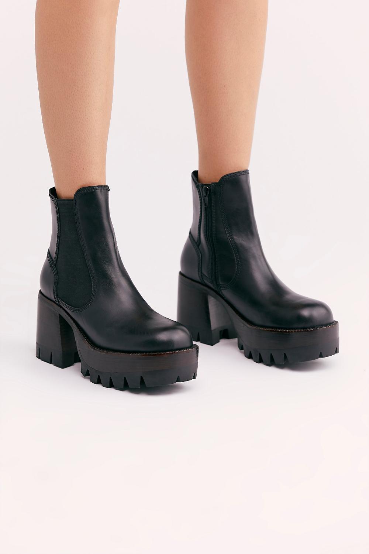 Boots, Platform ankle boots, Chelsea boots