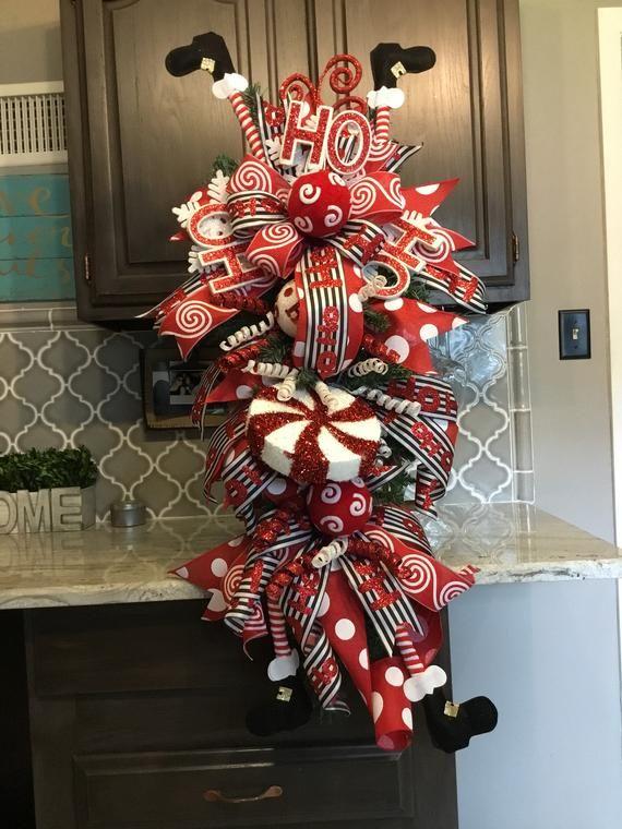 Santa Swag, Santa Wreath, Christmas wreath, Christmas Door wreath