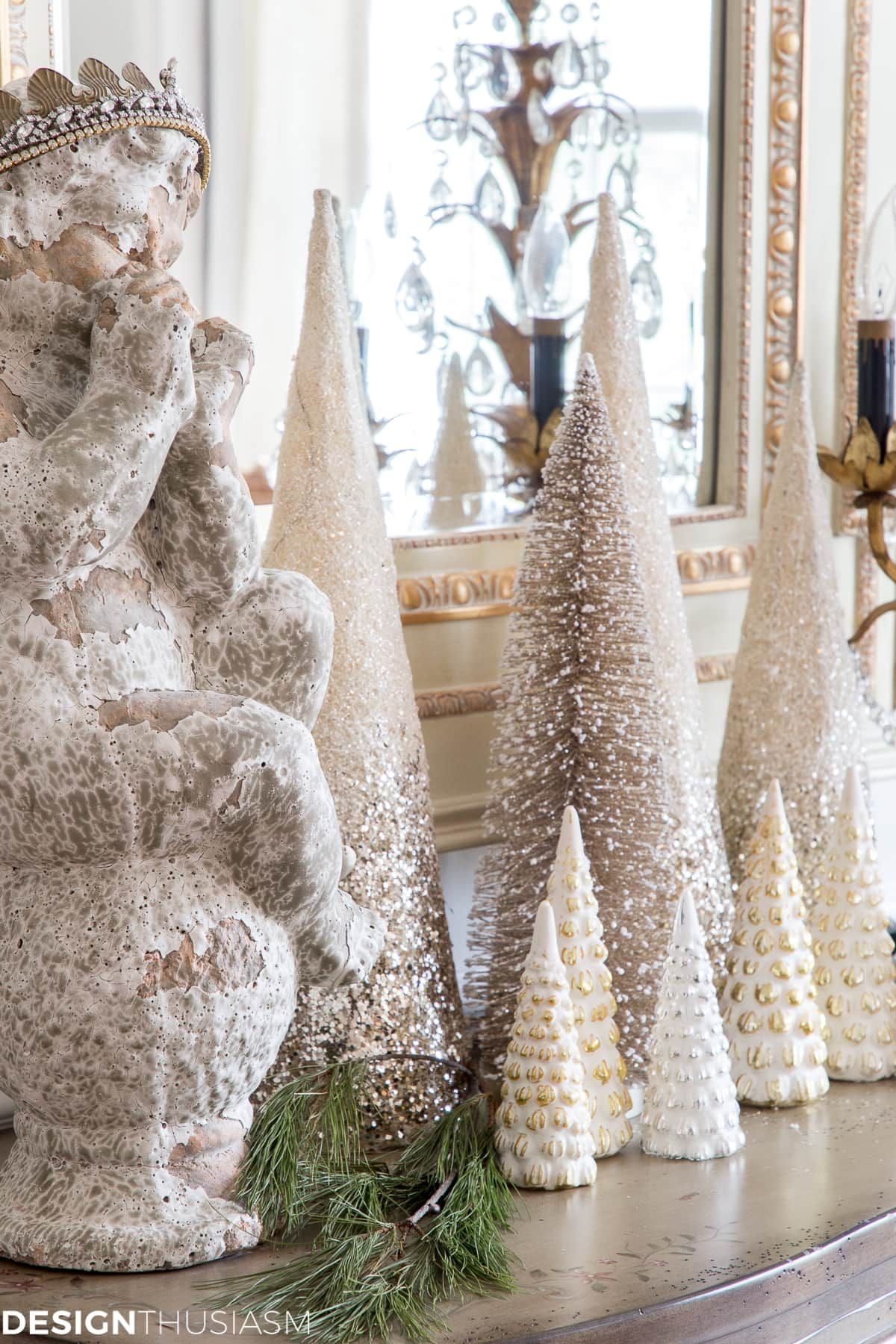 Elegant Holiday Decorating Ideas For The Dining Room With Images