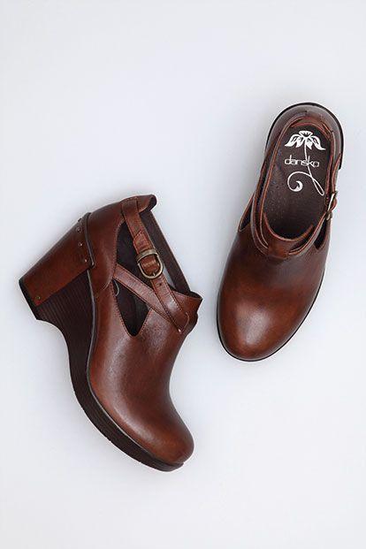 c67734ce0e23 Love the Danksos Dansko Boots